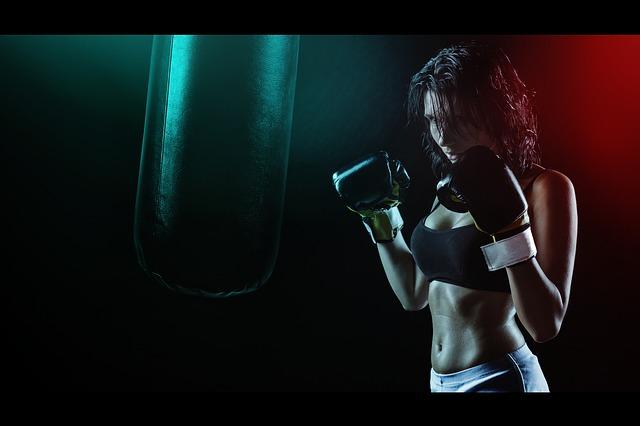 boxovací pytel, žena, rukavice